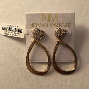 NWT NM hanging post earrings